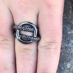 Rhodium Rhinestone RING silver twisted knot black